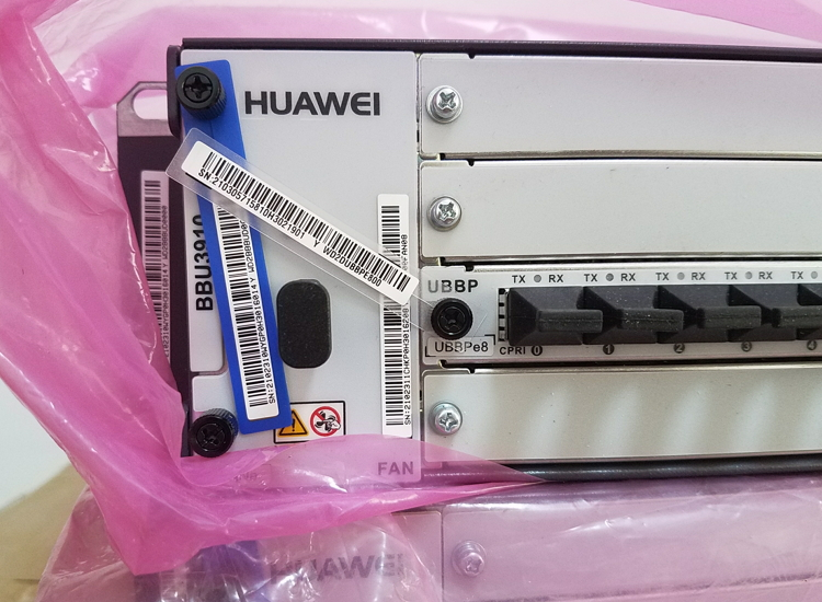 Huawei  BBU3910 with UBBPe8 UMPTe5 board